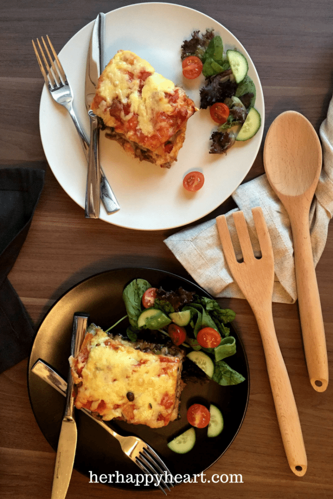 Spicy & Cheesy Mexican Lasagna | Lovers of Mexican food, this is the recipe of your dreams!