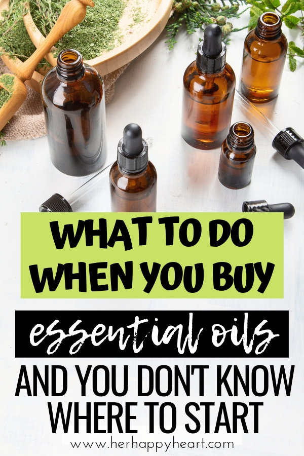 How to use essential oils for beginners | Essential oils storage ideas | What to do with essential oils | essential oils diffuser, roller, carrier oils, diffuser jewellery and resources | Young Living DoTerra starter kit oils